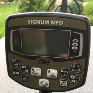 AKA Signum MFD (gebraucht mit Gebrauchsspuren)
